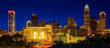 Widok Charlotte linia horyzontu przy nocą, Pólnocna Karolina Fotografia Royalty Free