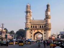 Widok Charminar ` Cztery minaretów `, budujący w 1591, jest zabytkiem lokalizować w Hyderabad meczetem i, Telangana, India obraz royalty free