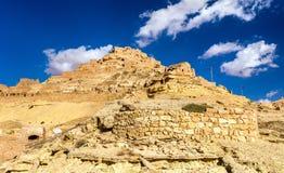 Widok Chenini, warowna Berber wioska w Południowym Tunezja Zdjęcia Royalty Free