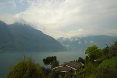 Widok Como jezioro, Włochy obraz royalty free