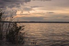 Widok czarna rzeka w amazonce, Brazylia zdjęcia stock