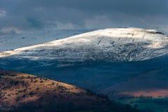 Widok Czarne góry od Llangynidr Zdjęcie Royalty Free