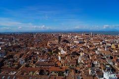 Widok czerwoni dachy Wenecja Fotografia Stock