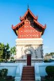 Widok czerwony budynek w Wacie Phra Singh popularny punkt zwrotny świątynia w Chiang Mai, Tajlandia zdjęcia stock