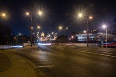 Widok dla starego miasteczka Warszawa od Slasko-Dabrowski mostu przy nocą zdjęcie stock
