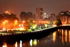 Widok Dnipro miasta bulwar przy nocą Obrazy Stock
