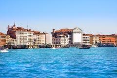 Widok doży ` s dzwonnica na piazza Di San Marco i pałac, Wenecja, Włochy obraz stock
