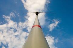widok dolny turbinowy wiatr Obraz Stock