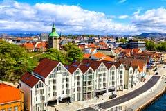 Widok domy droga i katedra, Norwegia Fotografia Royalty Free