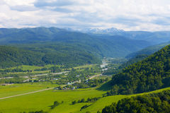 Widok Duża Kaukaska grań Zdjęcie Stock