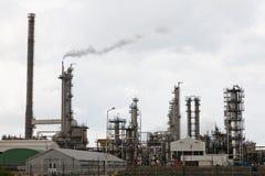 Widok duży rafineria ropy naftowej fotografia stock