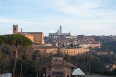 Widok Duomo di Siena od Medici fortecy tuscany Włochy obrazy royalty free