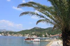 Widok dwa łodzi w zatoce Lopud, Chorwacja obraz stock