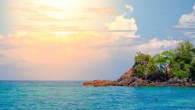 Widok dynamiczny niebo i morze Obrazy Royalty Free