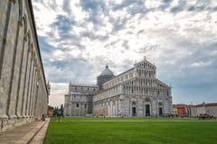 Widok dziejowa stara Pisa katedra w kwadracie, Włochy Zdjęcie Stock
