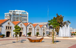 Widok Europa kwadrat w Larnaka zdjęcia stock