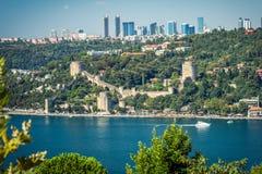 Widok Europejska strona Istanbuł i Rumeli hisari od Ota Zdjęcia Royalty Free