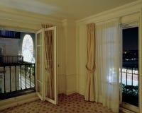 Widok ferris koło i miasto Paryż od mieszkania zdjęcie royalty free