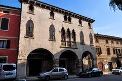 Widok fifteenth wiek buduje Palazzo Cavalli w piazza dell'Antenna, Soave zdjęcia royalty free