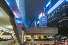 Widok footbridge przy nocą w Hong Kong Zdjęcie Royalty Free
