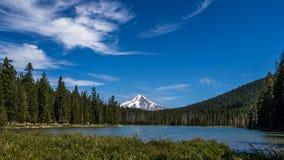 Widok góra kapiszon od Żaba jeziora Oregon Obraz Royalty Free
