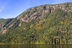 Widok góra Wesley na Cameron jeziorze w Vancouver wyspie obraz stock