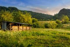 Widok górski, halna panorama, halna rzeka, wycieczka góry Zdjęcie Stock