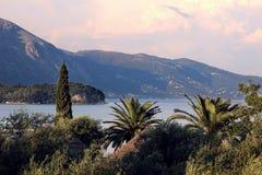 Widok górski i piękny ionian morze Kolory Grecja Zdjęcia Royalty Free