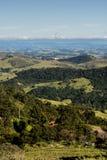 Widok górski od gospodarstwa rolnego w Cunha, Sao Paulo Pasmo górskie w t Obrazy Royalty Free