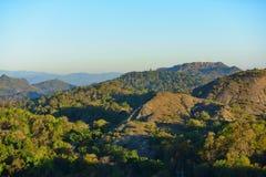 Widok górski w ranku przed świtem Obrazy Royalty Free