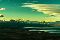 Widok góry, jezioro i valey w słonecznym dniu od góry, Zdjęcia Stock