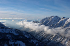 Widok góry od Snowbird ośrodek narciarski Obrazy Royalty Free