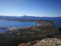 Widok Golfo Aranci od Monte Ruju w Sardinia Obrazy Stock