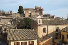 Widok Gradara od średniowiecznych fortecznych ścian, Włochy obraz stock
