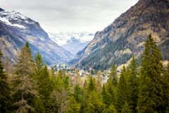 Widok Gressoney Rosa od okno Castel Savoia i Monte Aosta, W?ochy obraz royalty free