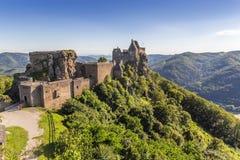 Widok historyczna Aggstein kasztelu ruina na Danube rzece niski Obraz Stock