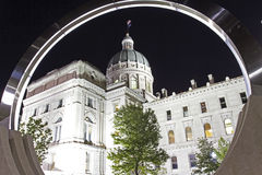 Widok Indiana stanu domu capitol budynek przez circu zdjęcia stock