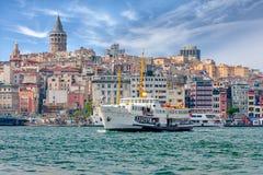 Widok Istanbuł, Bosphorus i statek, indyk Zdjęcia Royalty Free