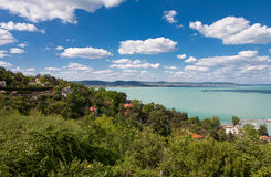 Widok Jeziorna Balaton plaża od Tihany, Węgry Obraz Stock