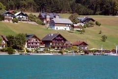 Widok jeziorni domy St Wolfgang, Austria Fotografia Royalty Free