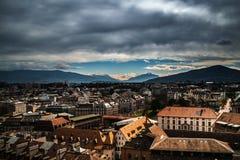 Widok Jeziorny Genewa od Katedralny saint pierre zdjęcia stock