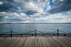 Widok Jeziorny Ontario przy Harbourfront w Toronto, Ontario Fotografia Stock
