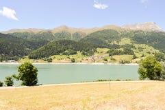 Widok Jeziorny Resia Zdjęcie Royalty Free
