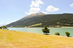 Widok Jeziorny Resia Zdjęcia Stock