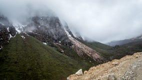 Widok Kala Patthar lub Czarne Rockowe góry przy Lachen, Sikkim Zdjęcie Royalty Free