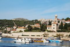 Widok kasztel w Hvar od deptaka, Chorwacja zdjęcia stock