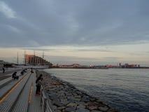 Widok Kobe Meriken parka nabrzeże z Portową wyspą w tle obrazy royalty free