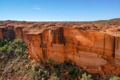 widok kr?lewi?tko jar, Watarrka park narodowy, terytorium p??nocne, Australia obraz stock