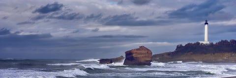 Widok latarnia morska Biarritz, wynagrodzenie bask, Francja obrazy royalty free