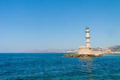 Widok latarnia morska w Weneckim porcie Chania zdjęcia stock